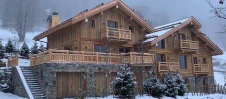 Chalet Bergeronnette in Méribel, France, book with Luxury Chalet