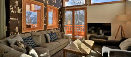Luxury Chalet Aralia in St Martin de Belleville, France
