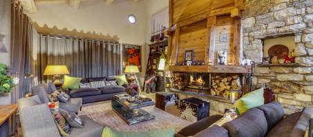 Luxury Chalet Yellowstone Lodge in Sainte Foy, France