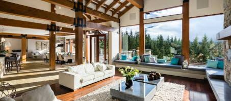 Luxury Chalet Belmont Estate in Whistler, Canada