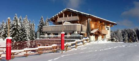 Luxury Chalet Altitude Lodge in Les Gets, France