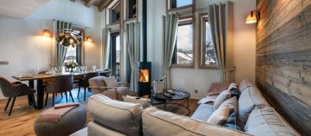 Luxury Chalet Yellowstone Lodge 4 in La Tania, France