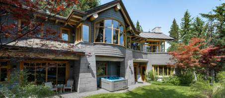 Luxury Chalet Blueberry Estate in Whistler, Canada