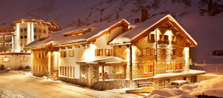 Luxury Chalet Bentleys House in Zürs, Austria