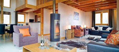 Luxury Chalet Evelyne in La Tania, France