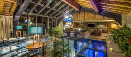 Luxury Chalet Husky in Val d