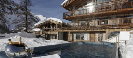 Luxury Chalet Le Chardon in Val d