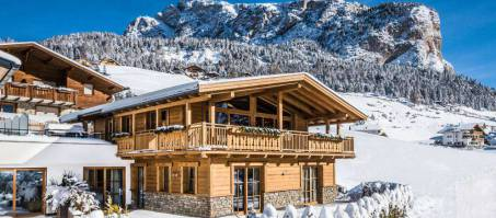 Luxury Chalet Pine Lodge Dolomites in Selva Gardena, Italy